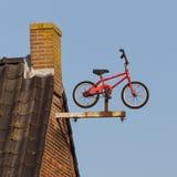 Kleine roestige fiets Stock Foto