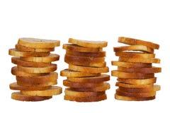 Kleine ronde mini bakt broodjes op een witte achtergrond stock fotografie
