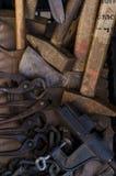 kleine rote Stahlrohrschelle Lizenzfreie Stockbilder