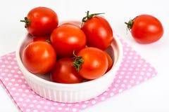 Kleine rote Tomaten Stockfoto