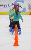 Kleine schaatsers stock afbeeldingen