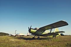Kleine Schraubeladung Flugzeuge Stockbilder