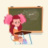 Kleine Schulmädchen-Sit At Desk Over Class-Brett-Schulmädchen-Bildungs-Fahne Lizenzfreies Stockbild