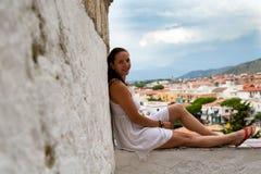 Kleine stadssperlonga bij de Middellandse Zee in Italië Stock Afbeeldingen