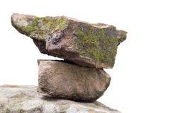 Kleine Steine gesetzt auf einen großen Stein Stockbild