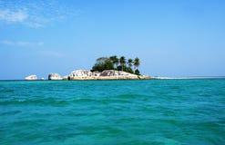 Kleine Tropeninsel, Belitung, Indonesien lizenzfreie stockbilder