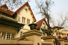 Kleine villa's Stock Afbeeldingen