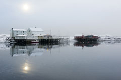 Kleine visserijpost op Lofoten-Eilanden, Noorwegen royalty-vrije stock foto's