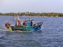 Kleine Vissersboot in Kerala Royalty-vrije Stock Afbeelding