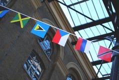 Kleine vlaggen stock foto's