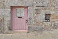 Kleine voordeur van een Portugees huis Royalty-vrije Stock Foto
