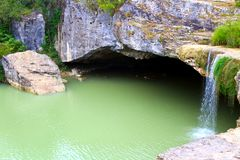 Kleine waterval in Kroatië royalty-vrije stock fotografie
