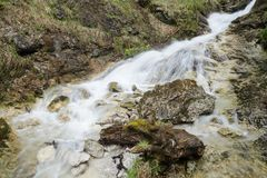 Kleine watervalcascade in Mala Fatra NP, Slowakije Royalty-vrije Stock Afbeelding