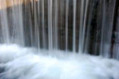 Kleine watervallen stock foto's