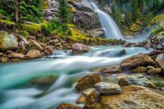 Kleine watervallen met langzame motieactie Stock Afbeelding