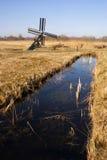 Kleine Windmühle im Weerribben-Wieden Lizenzfreies Stockfoto