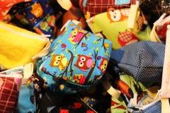 Kleine zak met leuk patroon Kleurrijk en mooi, voor muntstukken royalty-vrije stock foto's
