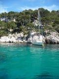 Kleine Zeilboot Royalty-vrije Stock Afbeeldingen