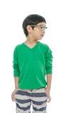 Kleiner asiatischer Junge trägt die Gläser, lokalisiert stockfotos