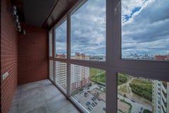 Kleiner Balkoninnenraum stockfoto