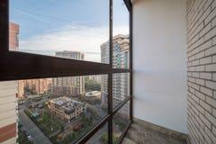 Kleiner Balkoninnenraum stockfotografie