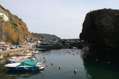 Kleiner Fischereihafen - Framura Italien stockbilder