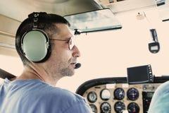 Kleiner flacher Pilot Stockfoto
