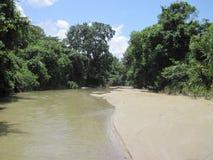 Kleiner Fluss lizenzfreie stockfotos