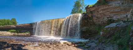 Kleiner Fluss Wasserfall-OM Lizenzfreie Stockfotografie