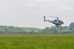 Kleiner Hubschrauber Stockfotos