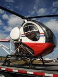 Kleiner Hubschrauber Lizenzfreie Stockfotos