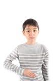 Kleiner Junge, der Handzeichen SCHLECHTE ASL-Gebärdensprache macht Stockbilder
