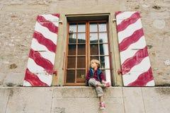 Kleiner Junge des Portraits Lizenzfreie Stockbilder