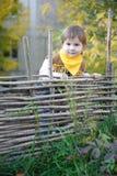 Kleiner Junge verkleidet als Cowboy stockfotos