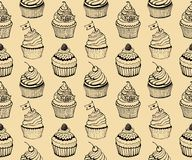 Kleiner Kuchen, der nahtlose Hand gezeichnetes Muster backt Stockfoto