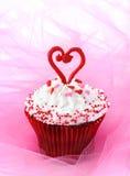 Kleiner Kuchen für Valentinsgruß Lizenzfreies Stockfoto