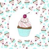 Kleiner Kuchen mit einer Kirschglückwunschkarte lizenzfreie abbildung