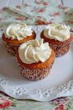 Kleiner Kuchen mit Vanillecreme Lizenzfreie Stockfotos