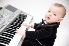 Kleiner Musiker stockbild