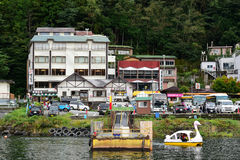 Kleiner Pier im See von Kawaguchi Stockbilder