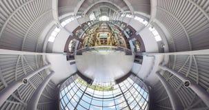 Kleiner Planet ein moderner Markt in der Mitte von Kharkov stock footage