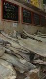Kleiner Shop, der Kabeljau verkauft Lizenzfreie Stockbilder