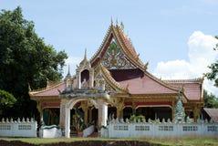 Kleiner Tempel in einem Landschaftsdorf von Laos Lizenzfreies Stockbild