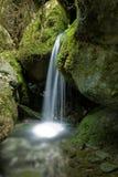 Kleiner Wasserfall Lizenzfreies Stockbild