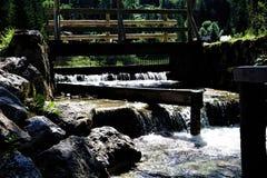 Kleiner Wasserfall für Kraftwerk in Kranjska Gora Stockfotografie