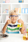 Kleiner Wissenschaftler Lizenzfreies Stockbild