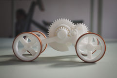 Kleines Auto an Ventura Lambrate-Raum während Milan Design-Woche Lizenzfreies Stockbild