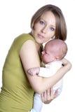 Kleines Baby mit Mamma Stockfoto