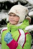 Kleines blondes Mädchen mit Gläsern Lizenzfreie Stockbilder