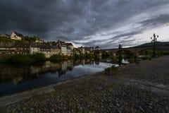 Kleines Dorf in Frankreich lizenzfreies stockbild